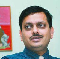 Dr. Deepak Sharan - Orthopedist