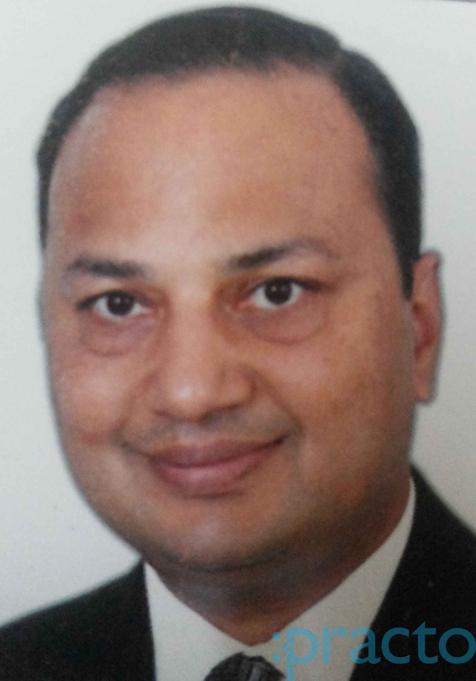 Dr. Vivek Agarwal - Orthopedist